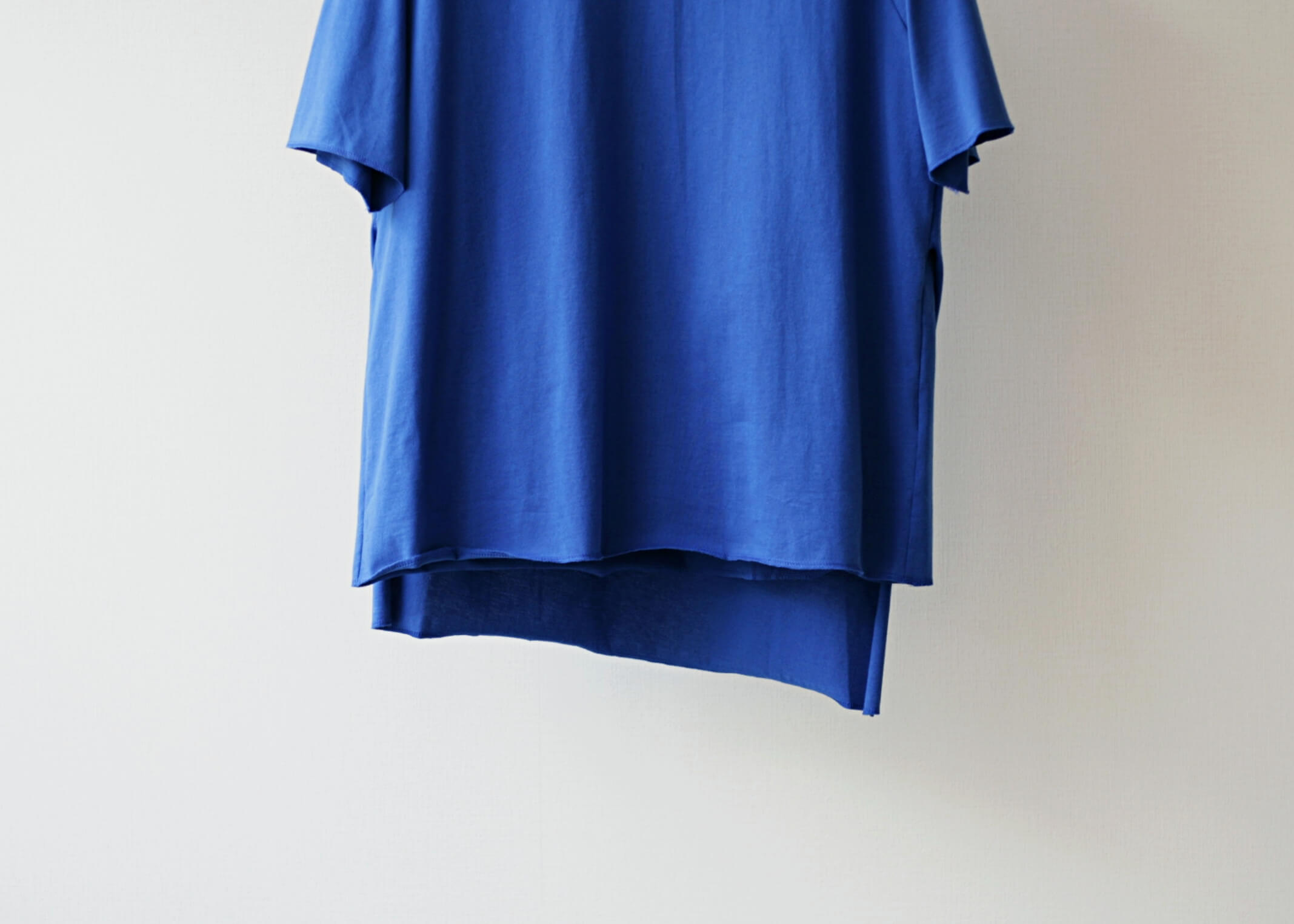 thee apron s/s blueの前面のアップ