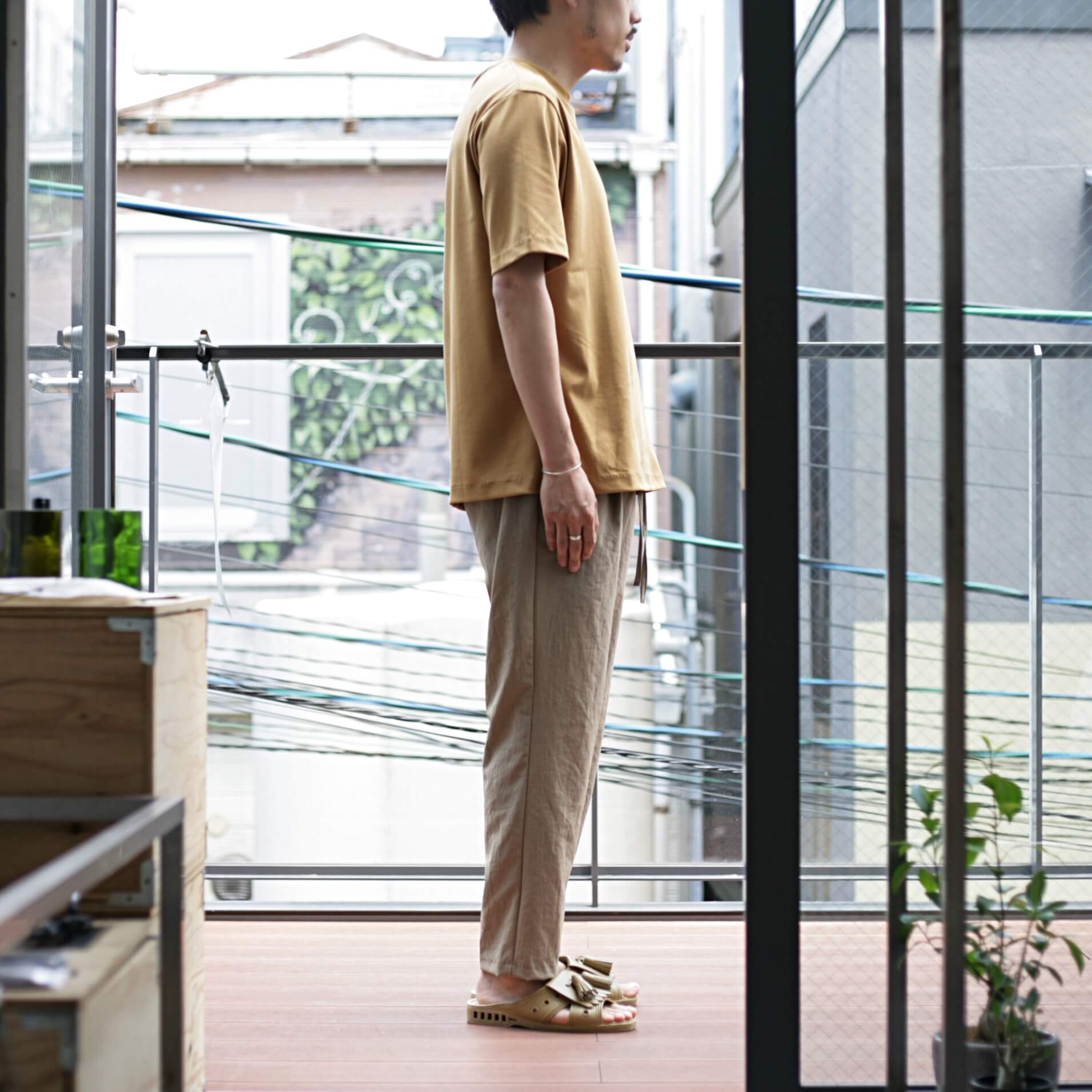 lamond suvin cotton s/s camel 着用横