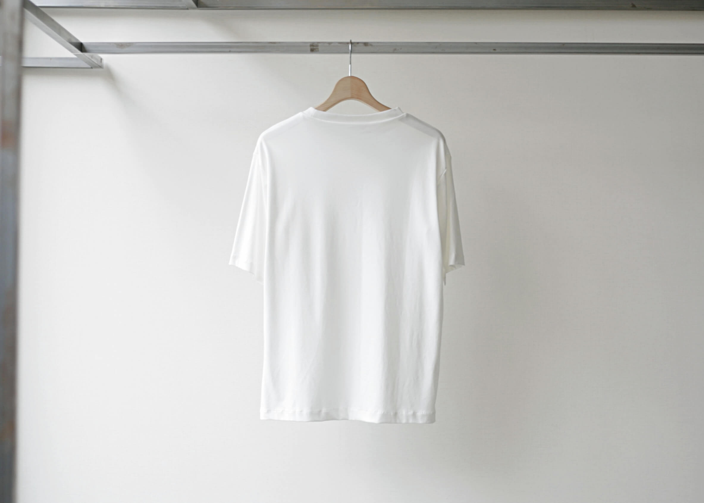 lamond suvin cotton s/s white 背面