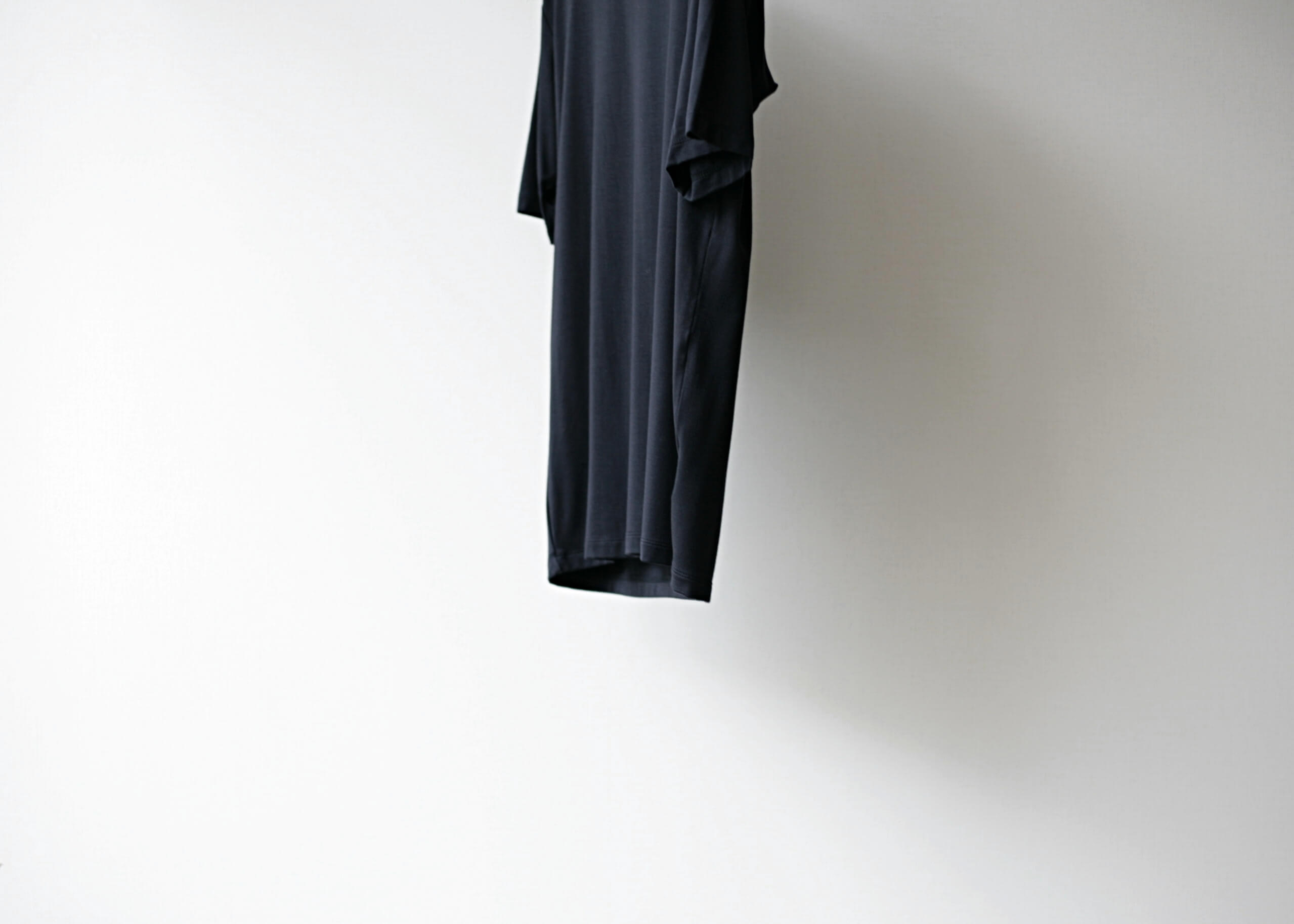 lamond tencel washable s/s black サイド下半身アップ