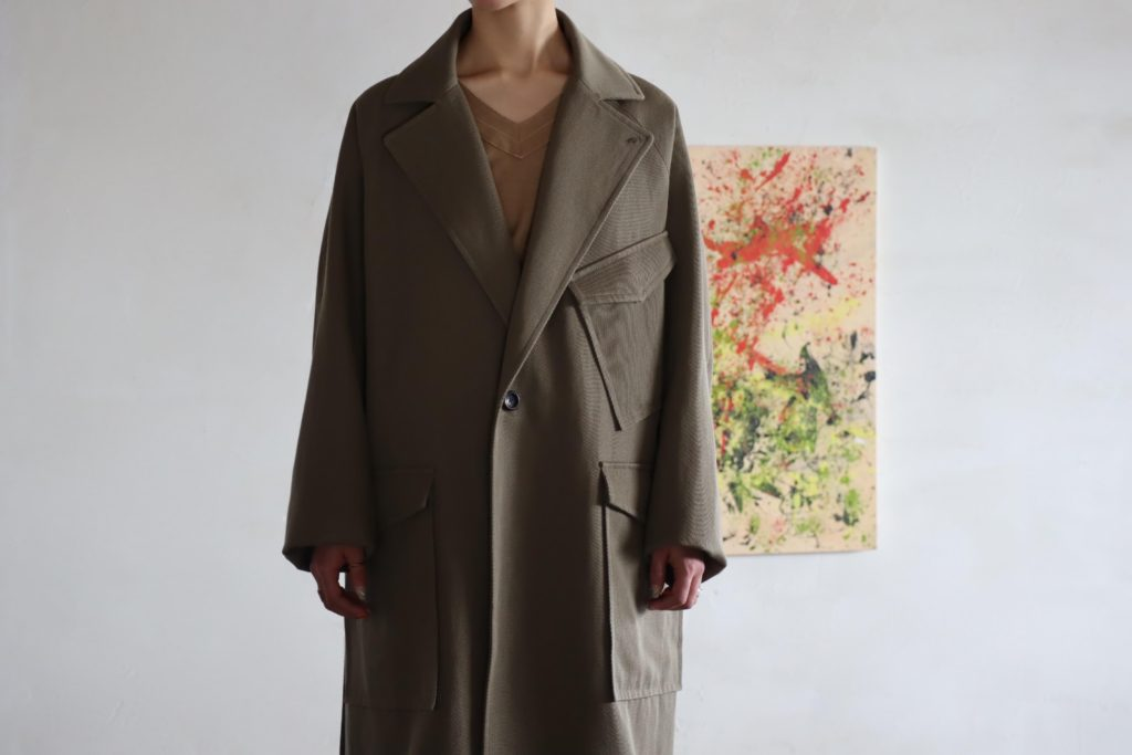 SOUMO W2MC COAT 'Brown Khaki' の着用画像